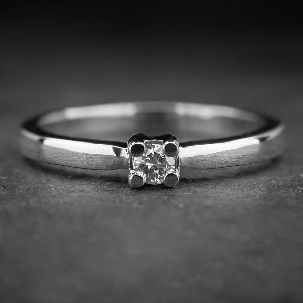 """Auksinis žiedas su Briliantu """"Diamond 13"""""""