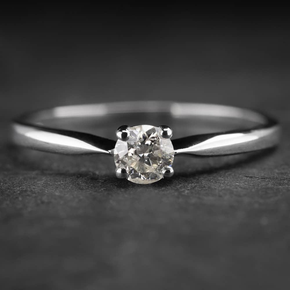 """Auksinis žiedas su Briliantu """"Diamond 14"""""""