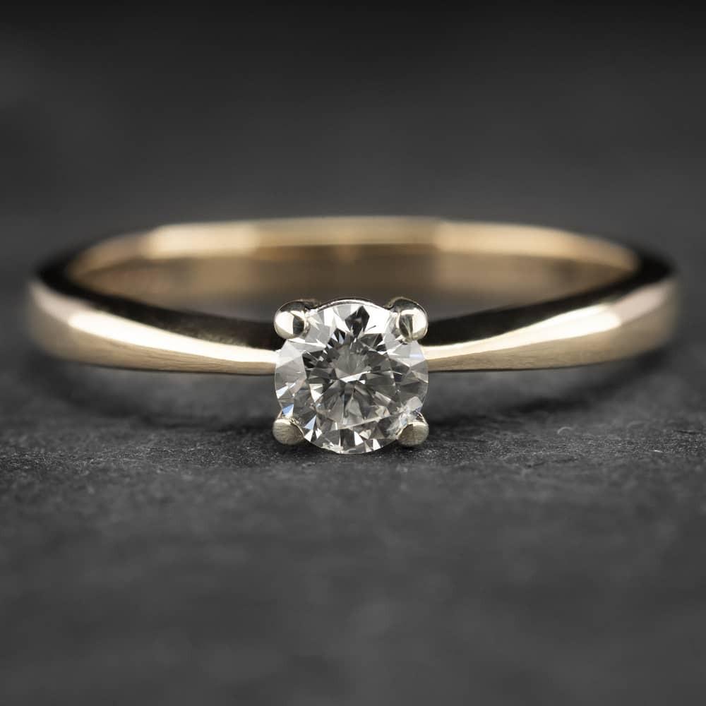 """Auksinis žiedas su Briliantu """"Diamond 15"""""""