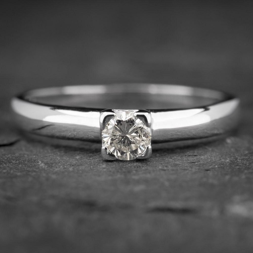 """Auksinis žiedas su Briliantu """"The Diamond 27"""""""