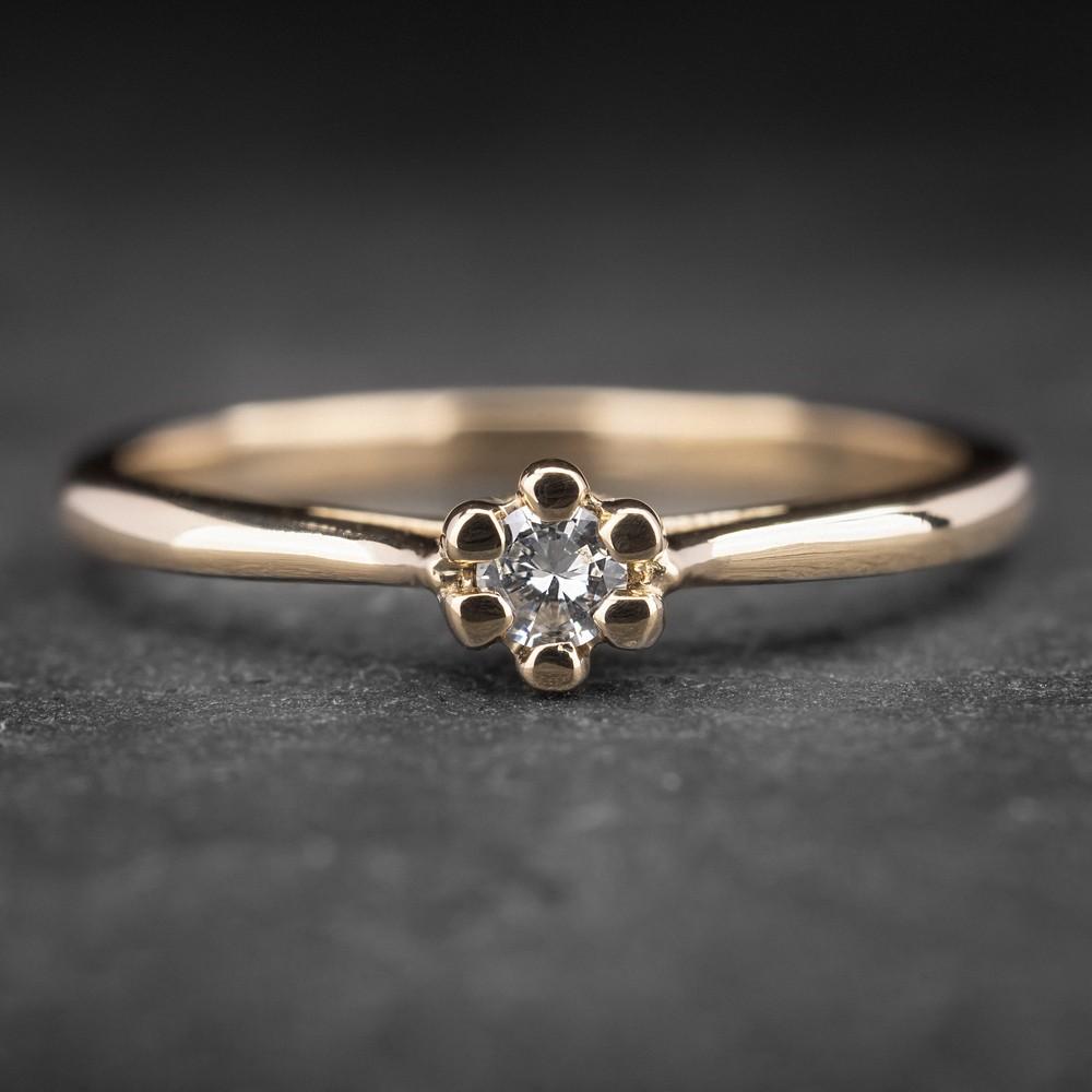 """Auksinis žiedas su Briliantu """"Nuoširdžioji 12"""""""