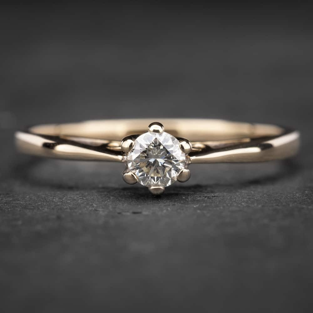 """Auksinis žiedas su Briliantu """"Kunigaikštytė 43"""""""