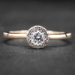 """Auksinis žiedas su Deimantais """"Shiny Bunch 9"""""""