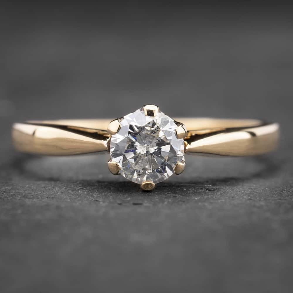 """Auksinis žiedas su Briliantu """"Kunigaikštytė 47"""""""