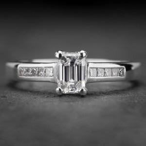 """Auksinis žiedas su Deimantais """"Tiara 12"""""""