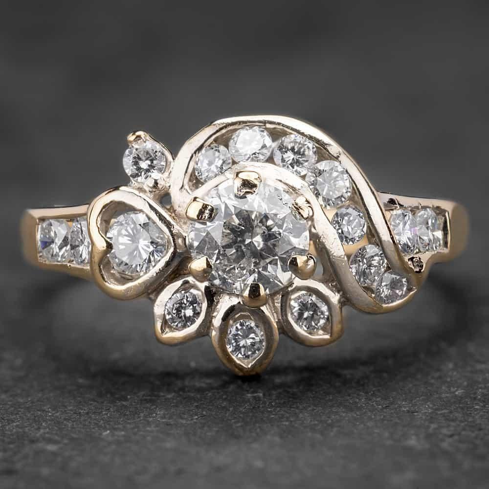 """Geltono aukso žiedas su Briliantais """"Tiara 13"""""""