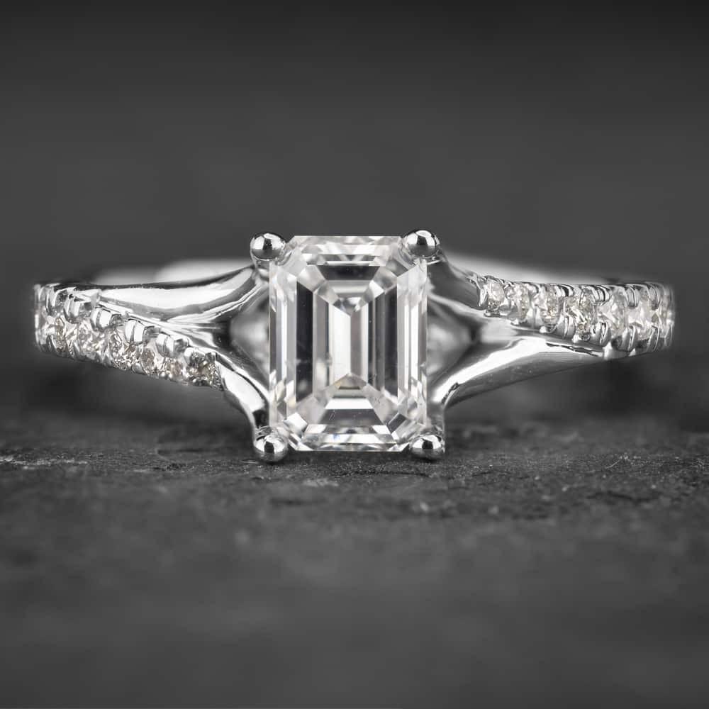 """Auksinis žiedas su Deimantais """"Tiara 14"""""""