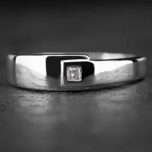 """Sužadėtuvių žiedas su Deimantu """"Princess 14"""""""