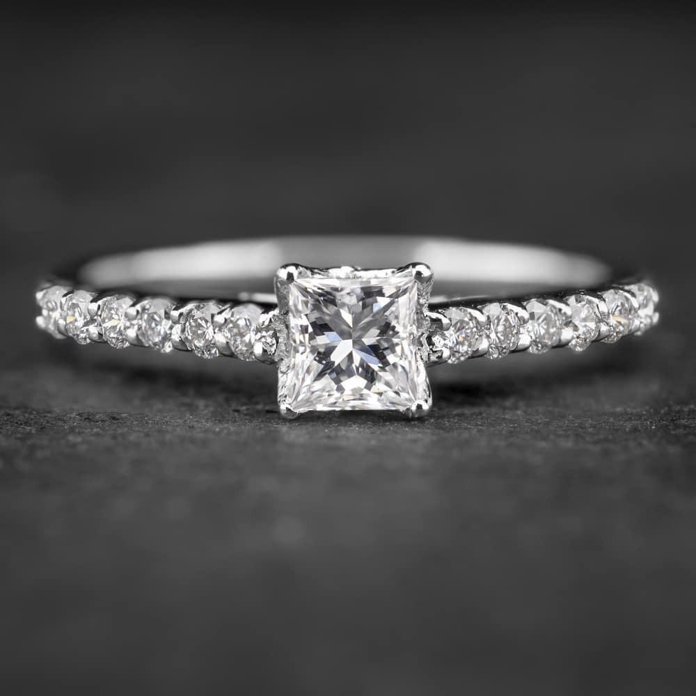 """Sužadėtuvių žiedas su Deimantais """"Princess 17"""""""